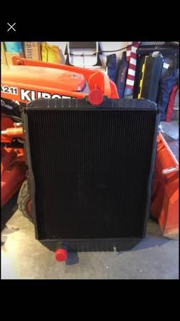 Photo NEW INTERNATIONAL 4900 RADIATOR ASSEMBLY - $155 (leavenworth)