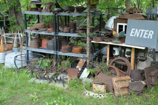 Photo old Cast Iron Pots and more.. (SE of ST. Joseph)