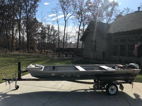 Photo 15ft Jon boat Jonboat with title 9.5 hp motor and trailer - $1,200 (defiance)