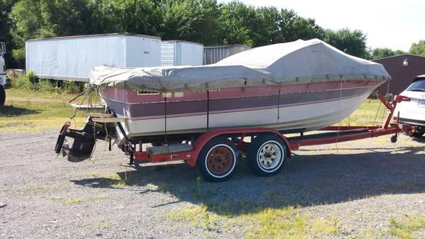 Photo 1984 Cobalt Boat - $3300 (St. Louis)
