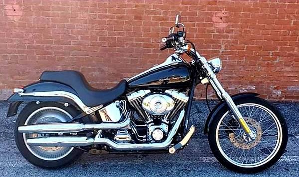 Photo 2001 Harley Davidson Softail DEUCE FXSTD  only 9,114 miles  - $6,999 (O39fallon, MO)