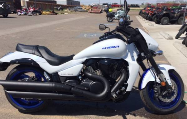 Photo 2019 Suzuki Boulevard M109R B.O.S.S. - $10,500