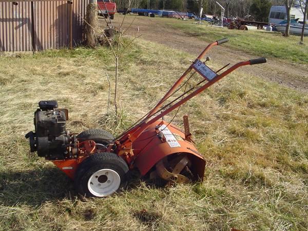 Photo Ariens Rocket 7 Rototiller - large garden roto tiller - $200 (Sullivan Mo)