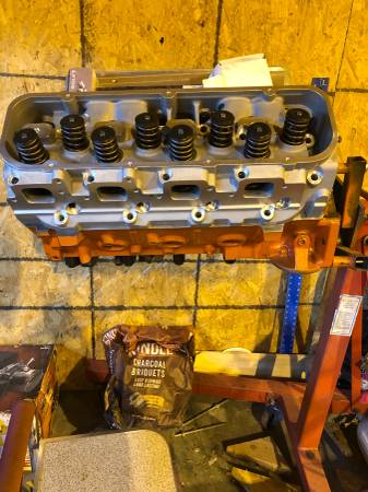 Photo BBC Big Block Chevy 454 With Aluminum Heads For Sale A - $2500 (JC MO)