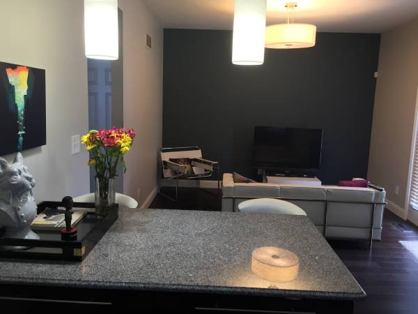 Photo Beautiful Home Near Tower Grove Park (utilities included) (Tower Grove)