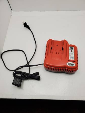 Photo Black and Decker Firestorm 9.6-24 volt Rapid Charger - $25 (St. LouisSt. Charles)