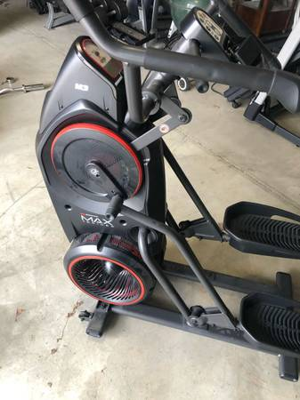 Photo Bowflex max trainer m3 - $600 (Saint Peters)