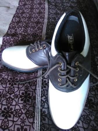 Photo Dunlop Dry, Leather Golf shoes (New) Men39s 8.5 Size - $20 (St Charles)