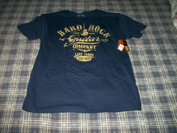 Photo HARD ROCK GUITAR COMPANYT-Shirt AUTHENTIC (NEW) - $10 (St. Louis County)