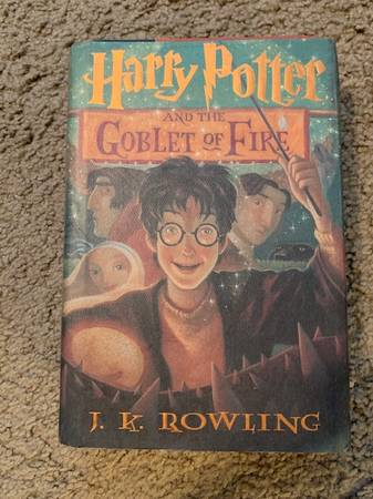 Photo Harry Potter and the Goblet of Fire - Book 4 - Original Hardcover - $15 (Downtown St. Louis)