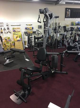 Photo Johnson Fitness Chesterfield - Used Parabody CM3 Home Gym - $699 (Johnson Fitness  Wellness Chesterfield)