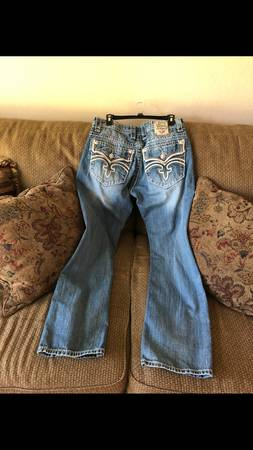 Photo Mens Rock Revival jeans 32 waist 34 length - $50 (Holts Summit)
