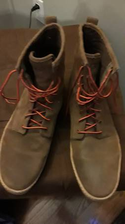 Photo Mens Ugg boots - $75 (Lake st louis)