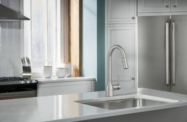 Photo New MOEN quotAdlerquot Stainless Pull-Down Kitchen Faucet - $125 (OakvilleS.County)