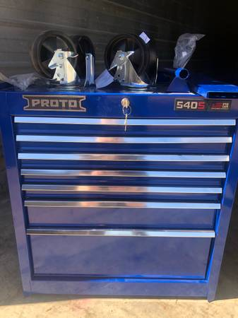 Photo New Proto Heavy Duty Rolling Tool Cabinet-Great Christmas Gift for DadHusband - $550 (Saint Louis)
