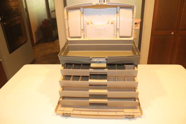 Photo Plano Guide Series 4 Drawer Tackle Box - $40 (Sunset Hills)