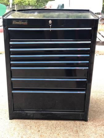 Photo Proto Blackhawk 8 drawer tool cabinet (new-slight dent in top corner) - $625 (Saint Louis)