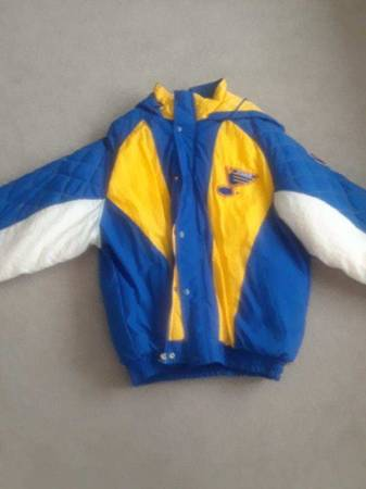 Photo Starter St. Louis Blues Coat - $50 (House Springs or Chesterfield)
