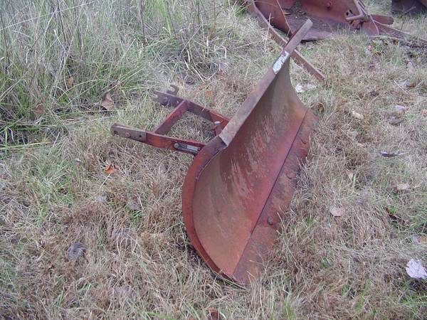 Photo Wheel Horse Riding Lawn Mower Plow - model 63151 8 - gravel snow blade - $100 (Sullivan Mo)