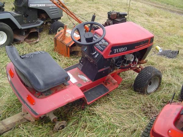 Photo Wheel Horse Toro Hydro 244-H Riding Lawn Mower - $125 (Sullivan Mo)