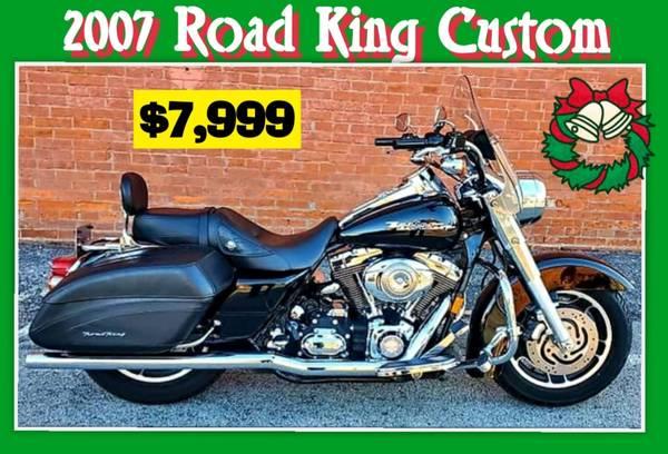 Photo 2007 Harley Davidson Road King Custom  Low Miles  - $7,999 (Ofallon)