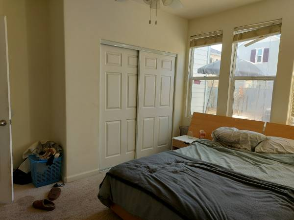 Photo 100sqft room for rent in Tracy, Ca (Tracy)