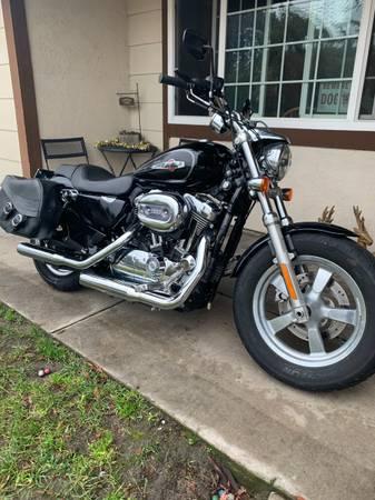 Photo 2011 Harley Davidson sportster - $6,500 (Manteca)
