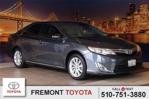 Photo 2012 Toyota Camry Hybrid XLE - $12981 (_Toyota_ _Camry Hybrid_ _Sedan_)