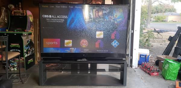 Photo 73 Inch Dlp Mitsubishi Tv and Remote ( Read Description ) Need Gone As - $50 (Stockton ca)