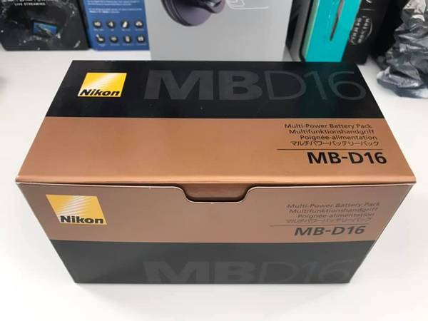 Photo Brand NEW Nikon MB-D16 Multi Battery Power PackGrip for D750 - $200 (milpitas)
