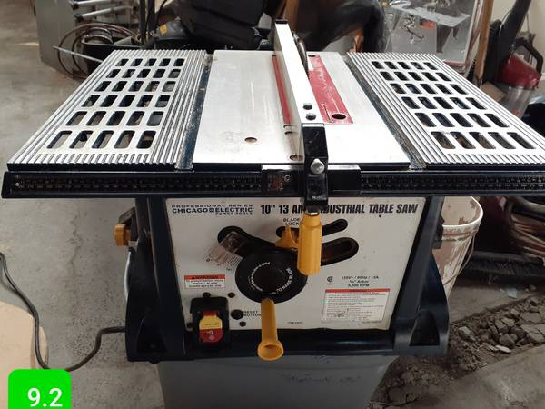 Photo Chicago Electric commercial table saw - $100 (Stockton)