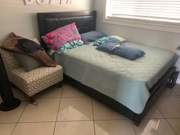 Photo Room for rent manteca ca $ 600 (Manteca)