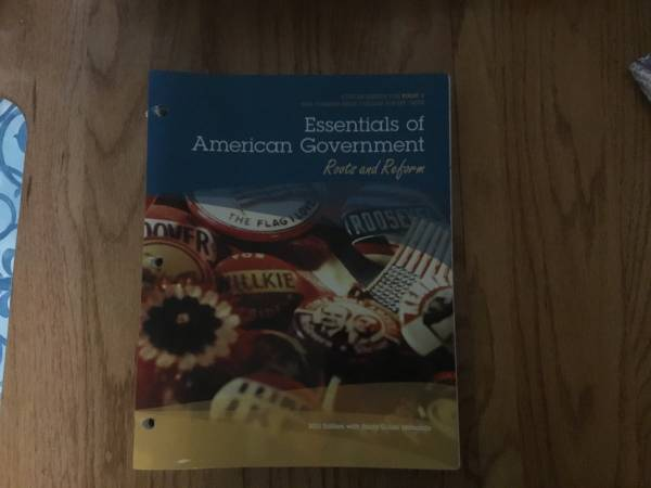 Photo Text Book Essentials of American Government - $10 (Lodi)