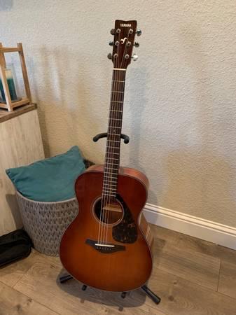Photo Yamaha Acoustic Guitar - $200 (Manteca)