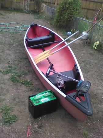 Photo 15 ft coleman canoe - $400 (Gardnerville)