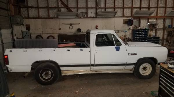 Photo 1990 Dodge 12 valve Cummins - $2500 (SUSANVILLE)