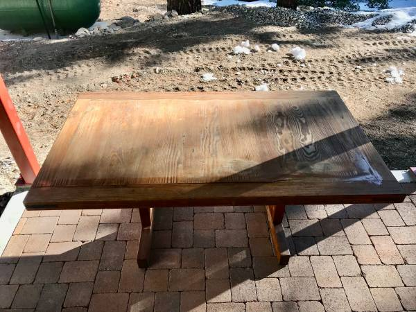 Photo This End Up dining table (Mammoth Lakes)