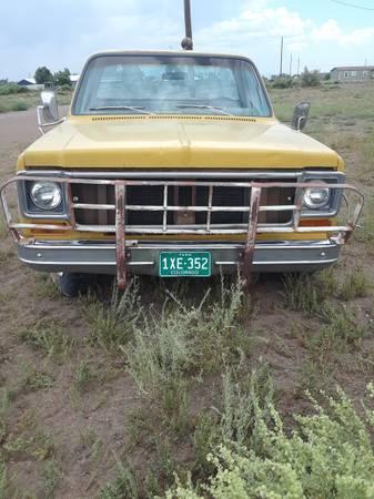 Photo 1973 Chevy truck flat bed 2x2 - $850 (Alamosa)