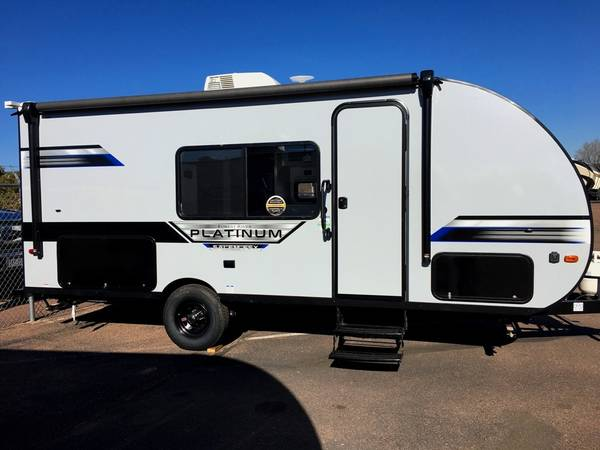 Photo LITE 22ft Bunk Trailer, Murphy Bed, Double Bed Bunks - $22,298 (Colo Springs  Near I-25)