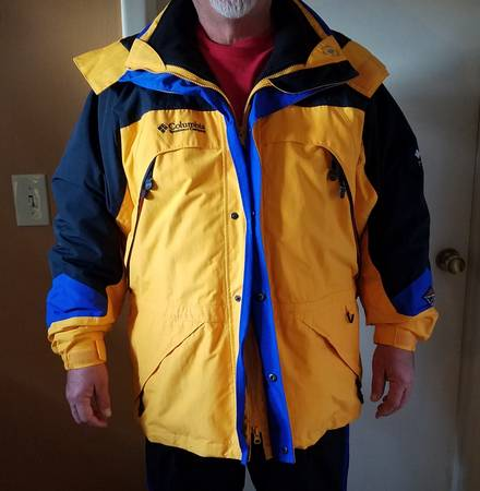 Photo Mens XL Winter Coat - Columbia Titanium - $50 (East Wichita)