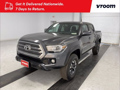 Photo Used 2017 Toyota Tacoma TRD Off-Road for sale