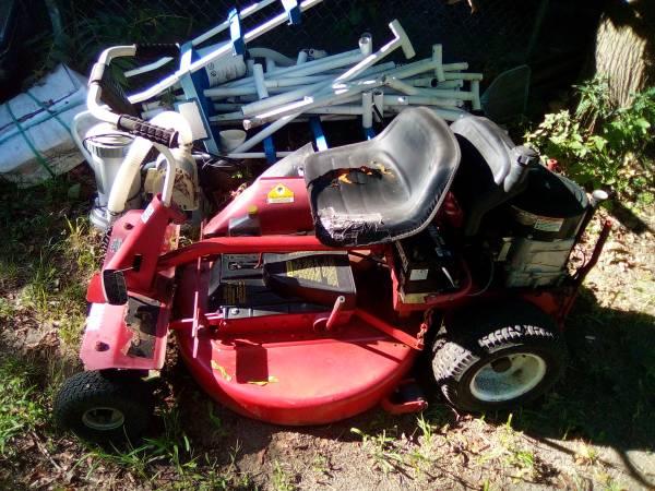 Photo 12.5HP Snapper Riding Mower - $200 (Benton Harbor)