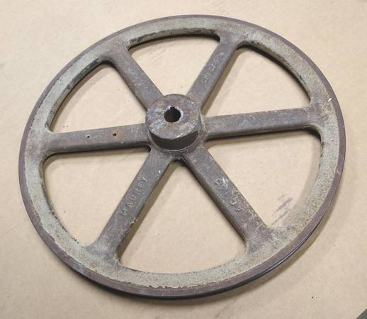 Photo 15 inch Diameter 34 bore hole Single groove V Belt Motor Pulley - $48 (Grand Rapids NW side)