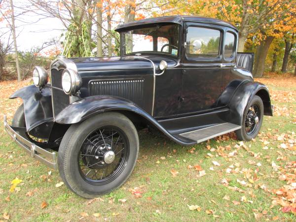 Photo 1931 Ford Model A Deluxe Coupe - $10,900 (SAINT JOHNS)