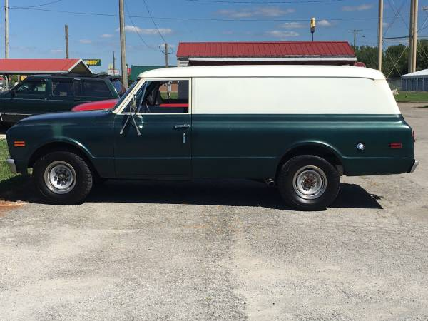 Photo 1968 GMC Panel Truck Southern Truck $9550 - $9,550 (Chesterfield Indiana)