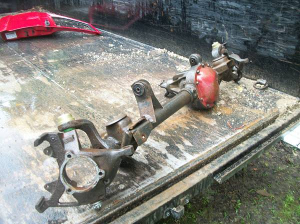 Photo 1994 Jeep Cherokee 4X4 Front Axle - $150 (cassopolis mi)