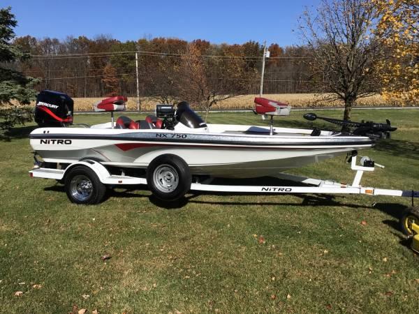 Photo 2005 Nitro NX750 Bass Boat - $12,995 (Hoagland, IN.)