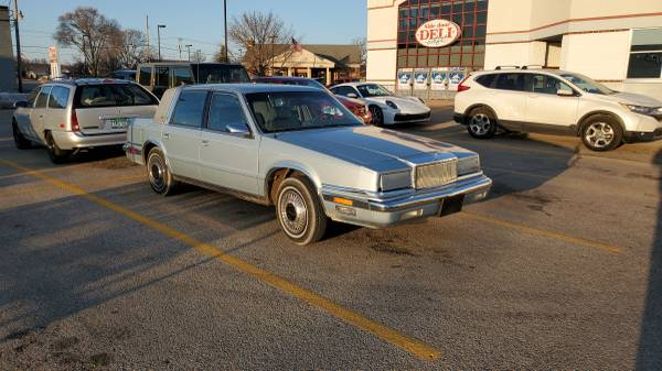 Photo 89 Chrysler New Yorker Landau - $2,000 (Bridgman mi)