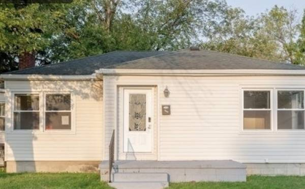 Photo Affordable single family home for rent for immediate move in ASAP (3111 FRANKLIN ST, MICHIGAN CITY, IN)