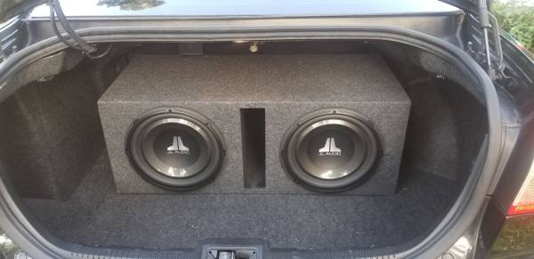 Photo JL Audio 2 12quot v.3-4 in a box. - $250 (Breedsville)